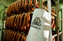 Foodists-Roger-Mooking-Interview-Apron