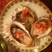 curious-oyster-oyster-on-plate