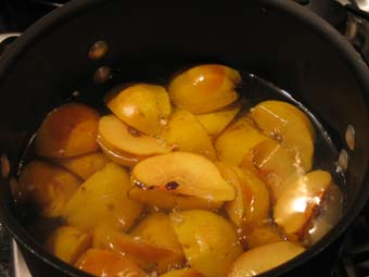 boiling the quince