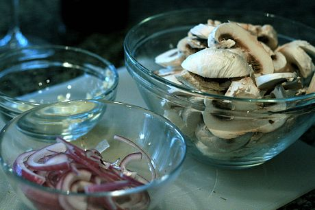 mushrooms-onions-garlic
