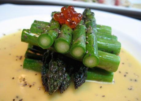 irashai-grill-asparagus-ika-egg-sauce